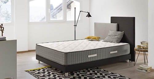 dormitorio color blanco minimalista con cama a buen precio