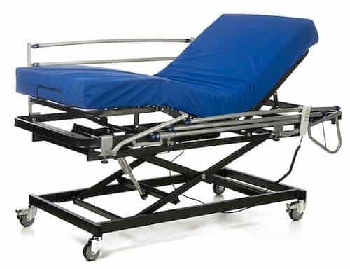 GERIALIFE Cama articulada geriátrica hospitalaria con carro elevador con barandillas y colchon