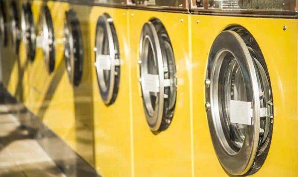 lavar edredon nordico en lavanderia